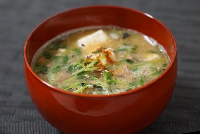 サバ缶と豆腐のあら汁風味噌汁